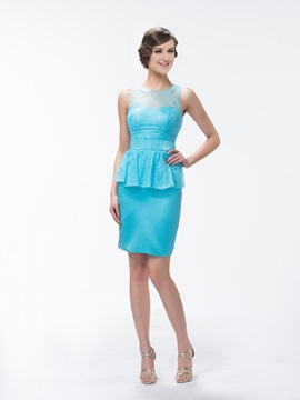 Superior Sheath/Column Lace Knee-Length Bridesmaid Dress