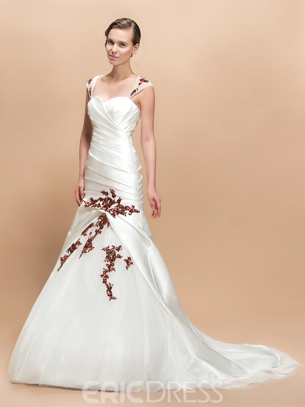 Charming Appliques Beads Sweetheart Court Train Wedding Dress