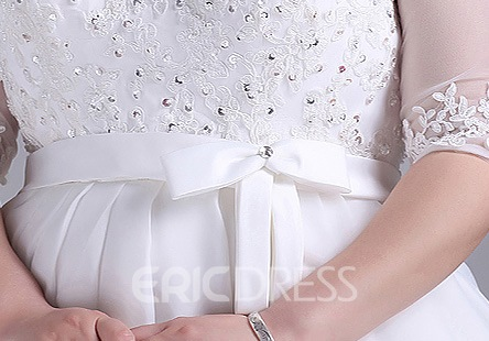 Plus Size A-Line Half Sleeves Scoop Appliques Beading Wedding Dress