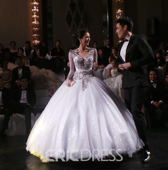 Noble V-Neck Ball Gown Backless Long Sleeves Appliques Wedding Dress