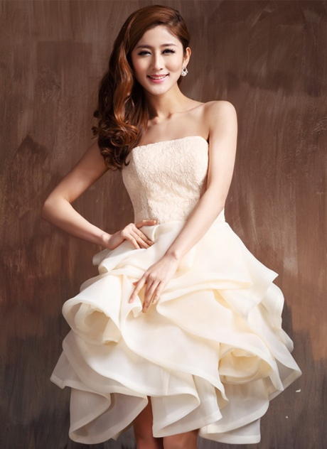 Cute Strapless Lace Ruffles Knee-Length Cocktail Dress