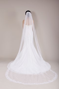 Ericdress Pretty Chapel Length Lace Wedding Veil