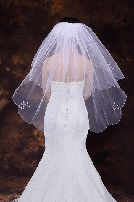 Elbow Length Beading Edge Wedding Veil