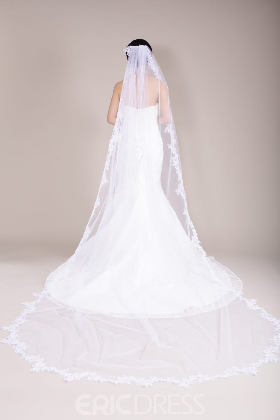 Ericdress Cathedral Train Long Tulle Bridal Veil with Lace Trim