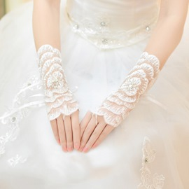 Lace White Flowers Wedding Gloves