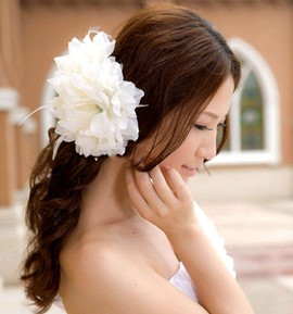 Comely Flower Shape Feather Charming Hair Flower