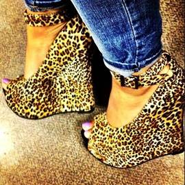 Leopard Print Peep-toe Wedge Sandals