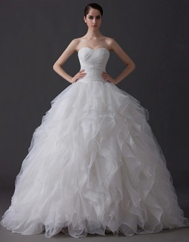 Elegant Ball Gown Sweetheart Tiered Floor Length Charming Wedding Dress
