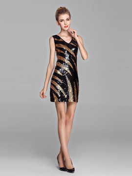 Gorgeous Sheath Sequins V-Neck Short Prom Dress