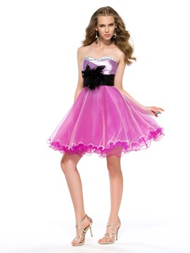 Cute Sweetheart Neckline Strapless A-Line Zipper-Up Short/Mini Homecoming Dress