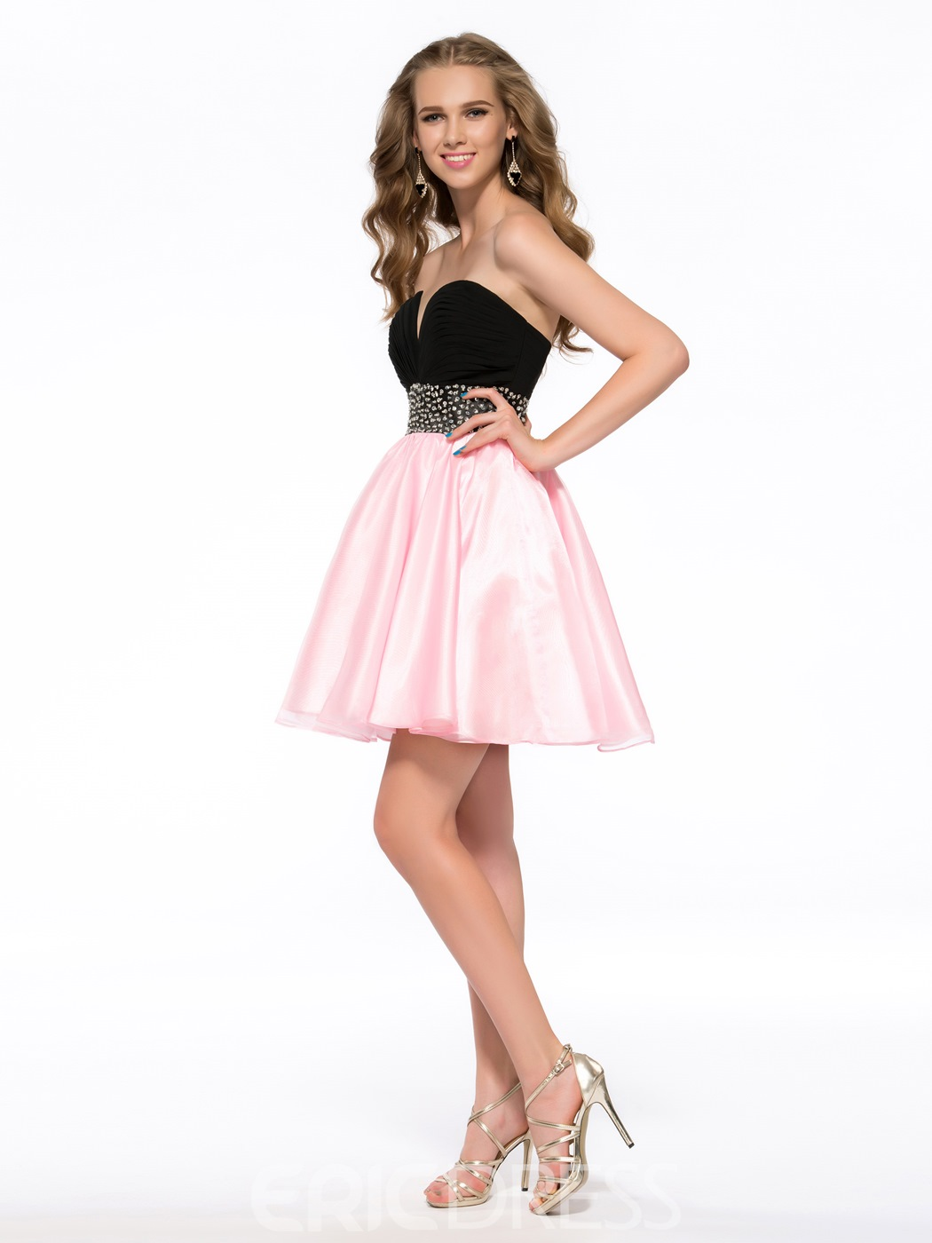 Sweet A-line Beading Knee-Length Sweetheart Ruffles Splice Colour Homecoming Dress