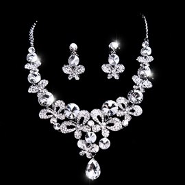 Shiny Three Leaves Floral Shaped Rhinestone with Alloy Wedding Jewelry Set(Include Necklace and Earring )