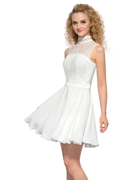 Präzise High Neck kurze Homecoming Spitzenkleid