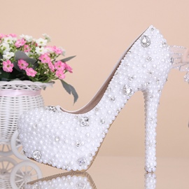 Elegant White Flowers Pearl Diamond platform Wedding Photos Bridal Shoes Wedding Shoes High Heels