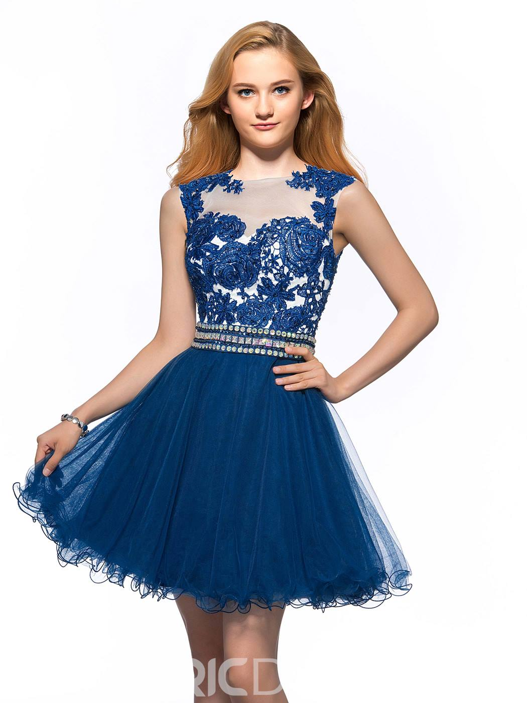 Graceful Embroidery Lace Beading Homecoming Dress