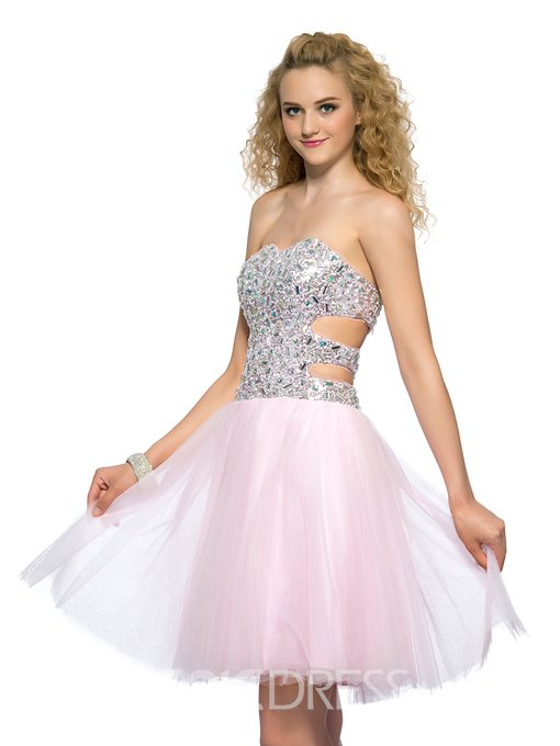 Sweet A-line Sweetheart Short/Mini Beaded Homecoming Dress