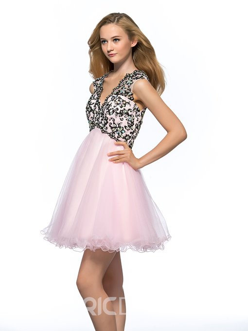 Pretty V-Neck Backless Beading Short Homecoming Dress