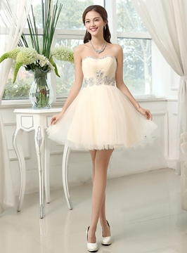 Vogue a-ligne Sweetheart tirette Tulle perles robe de Cocktail/Homecoming
