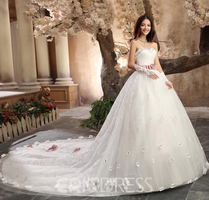 Gorgeous Ball Gown Sweetheart Beading Cathedral Wedding Dress