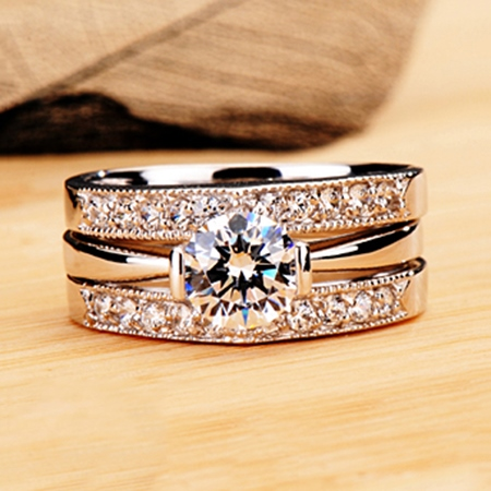 Exquisite Eight Hearts & Eight Arrows NSCD Diamond Engagement/Wedding Ring Set