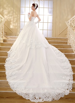 Sweetheart Applique Friesen Kathedrale Zug Brautkleid