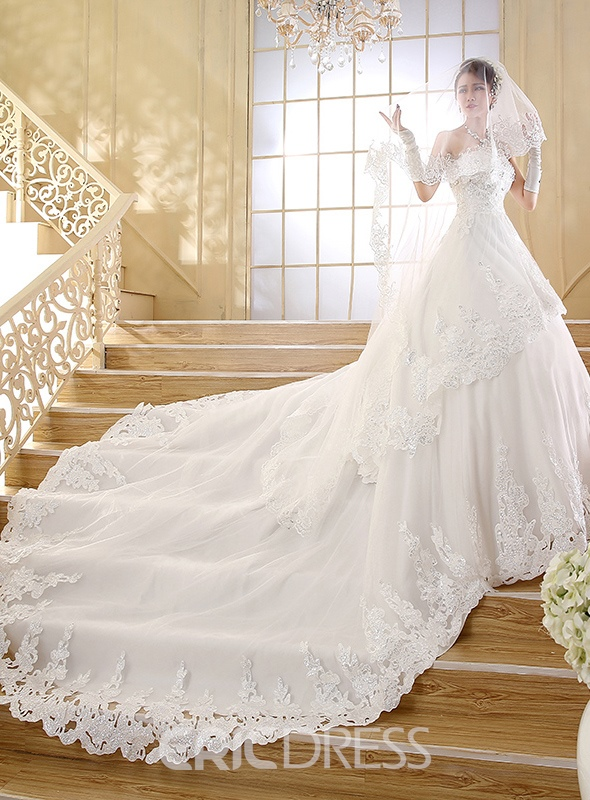 sweetheart applique beading cathedral train wedding dress