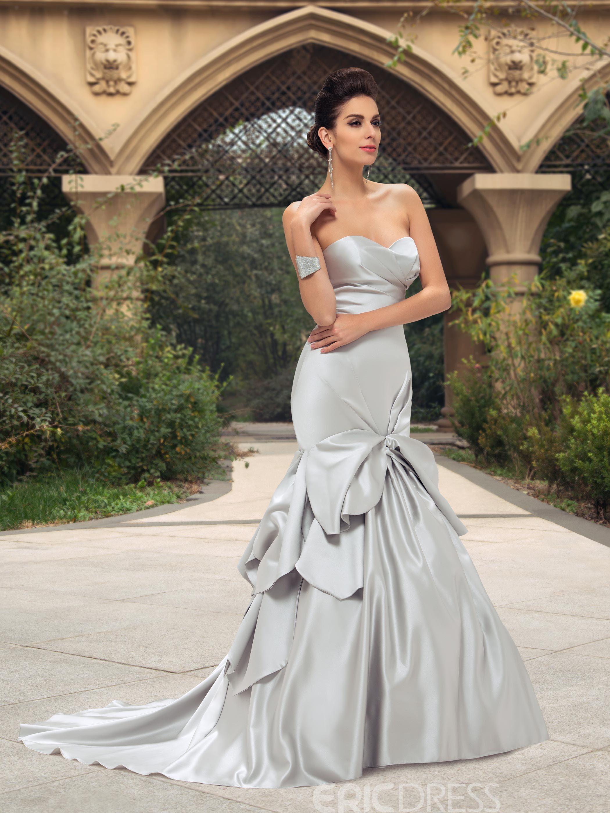 Ruched Sweetheart Ruffles Mermaid Color Wedding Dress