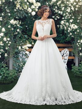 A-line Bateau Neck Lace Court Train Wedding Dress
