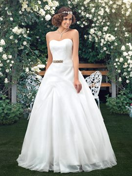 Concise Strapless Sweetheart Neckline A-Line Wedding Dress