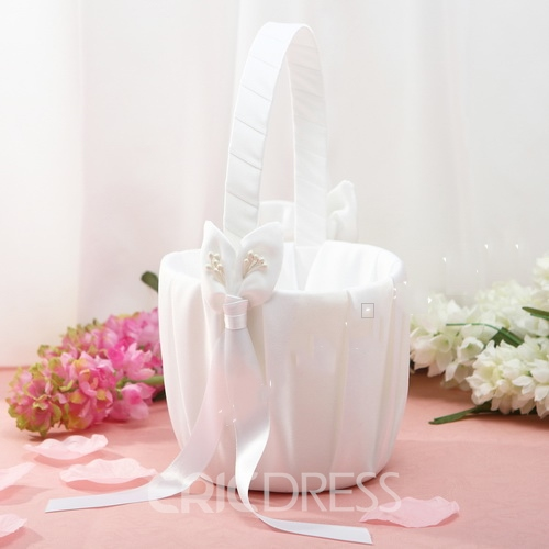 Flower Basket in Satin With Bow