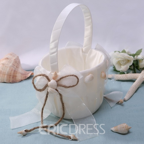 Nice Flowers Basket in Satin With Starfish and Seashell