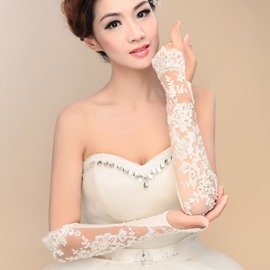 Beaded Lace Appliques Long Sleeve Fingerless Wedding Gloves