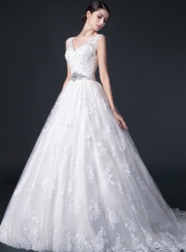 V-Neck Appliques Lace Wedding Dress