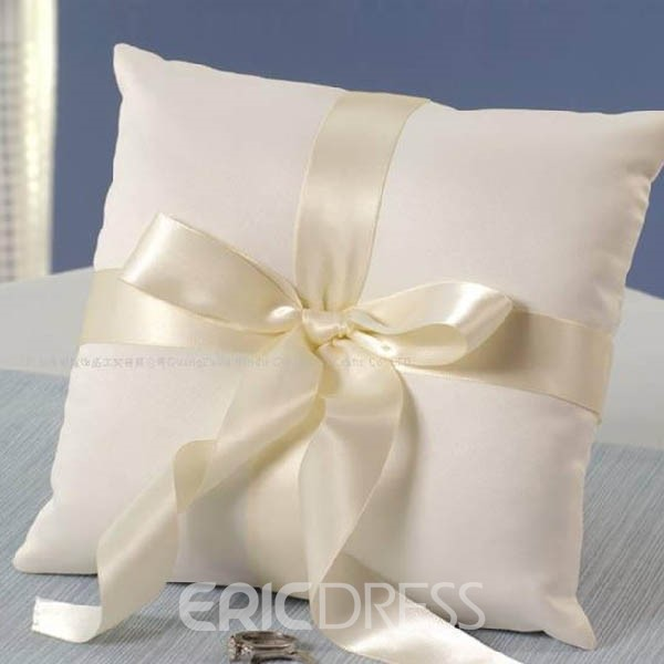 Simple Ring Pillow in Satin With Bow