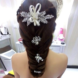White Pearl Alloy Hair Flower