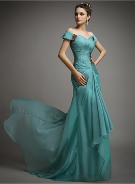 Graceful Off-The-Shoulder Ruched Beading Evening Dress