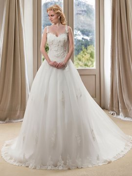 Charming Spaghetti Straps V-Neck Lace Appliques A-Line Wedding Dress