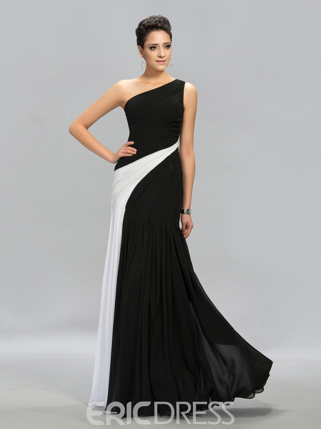 Terrific Contrast Color Ruched One-Shoulder Floor-Length Evening Dress