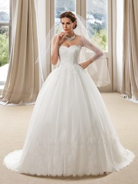 Simple Sweetheart Appliques Court Train Ball Gown Wedding Dress