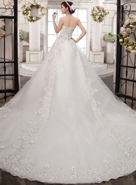 Ericdress Charming Sweetheart Appliques Chapel Train Wedding Dress