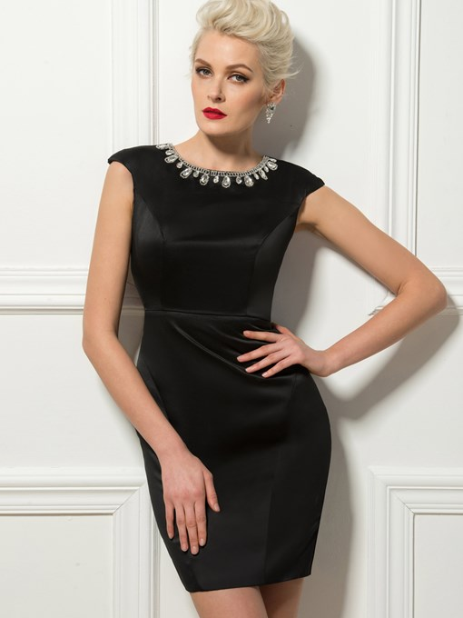 Sexy Sheath Scoop Crystal Zipper-Up Cocktail Dress