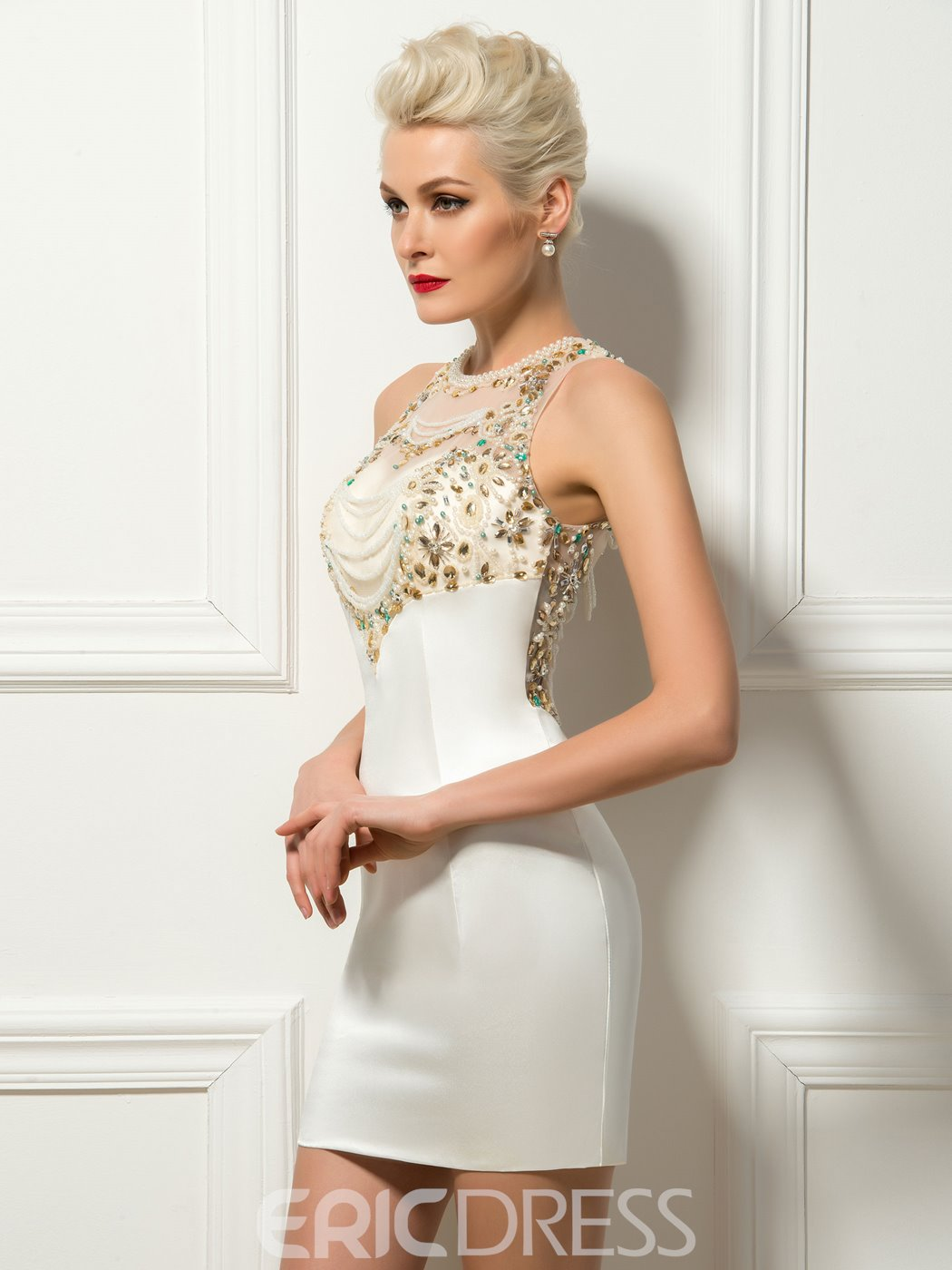 Jewel Neck Sheath Beading Pearls Short Cocktail Dress