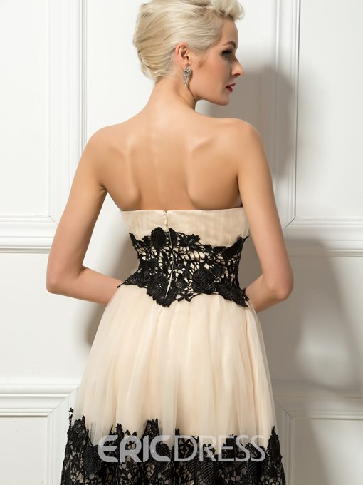 Sweetheart Lace Appliques Knee-Length Cocktail Dress