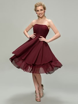 Cute A-Line Strapless Tiered Zipper-Up Bridesmaid Dress
