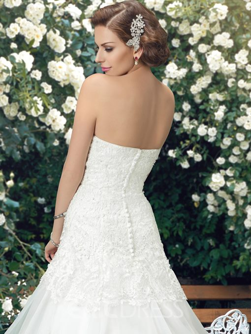 Charming Lace Strapless Sweetheart Neckline Lace Court Train Wedding Dress