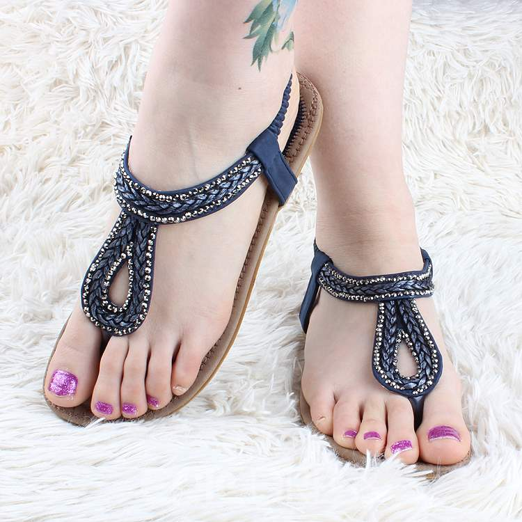 45c3a58be6cde Ericdress Bright Rhinestone Clip-toe Flat Sandals 11313536 ...