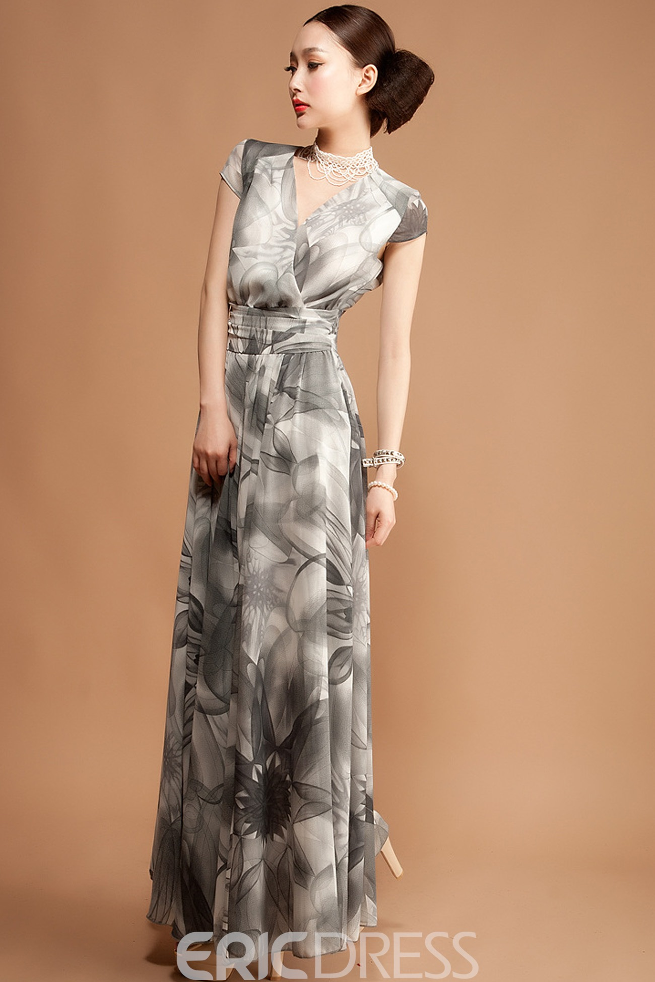 Ericdress V-Neck Print Pleated Maxi Dress