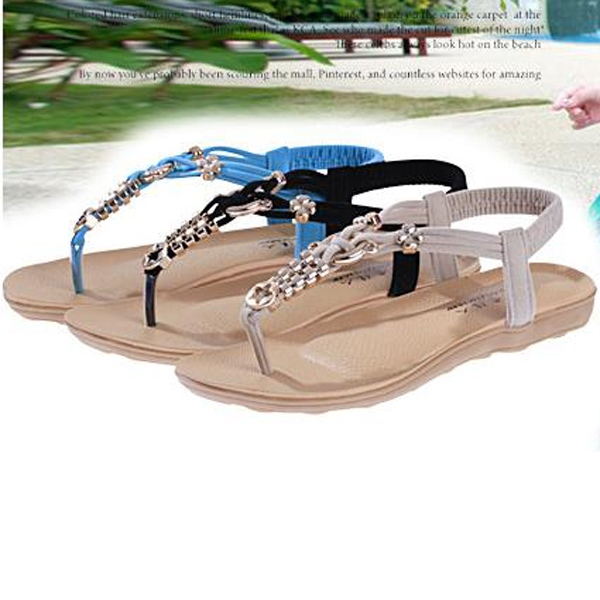 Pretty Clip-toe Flat Sandals with Metal Decoration