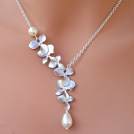 Ericdress Splendid Flower Pearl Drop Short Necklace