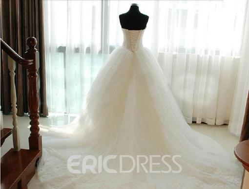 Ericdress Lace Strapless Ball Gown Sleeveless Hall Wedding Dress 2019